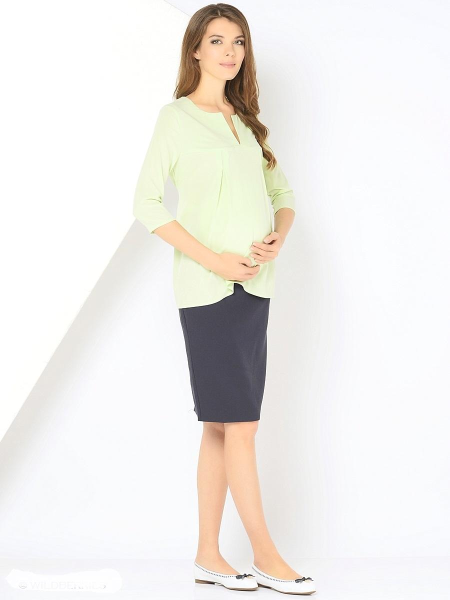 Блузка210203Элегантная блузка для беременных, из вискозного материала, свободного кроя, с рукавами 3/4. Округлая горловина дополнена изящным V - образным вырезом. Простор для растущего животика создается за счет отрезной кокетки и встречных складок на груди, а так же его можно регулировать втачными поясочками. После беременности такой фасон поможет скрыть временные несовершенства фигуры, и обеспечить комфорт и свободу движениям.