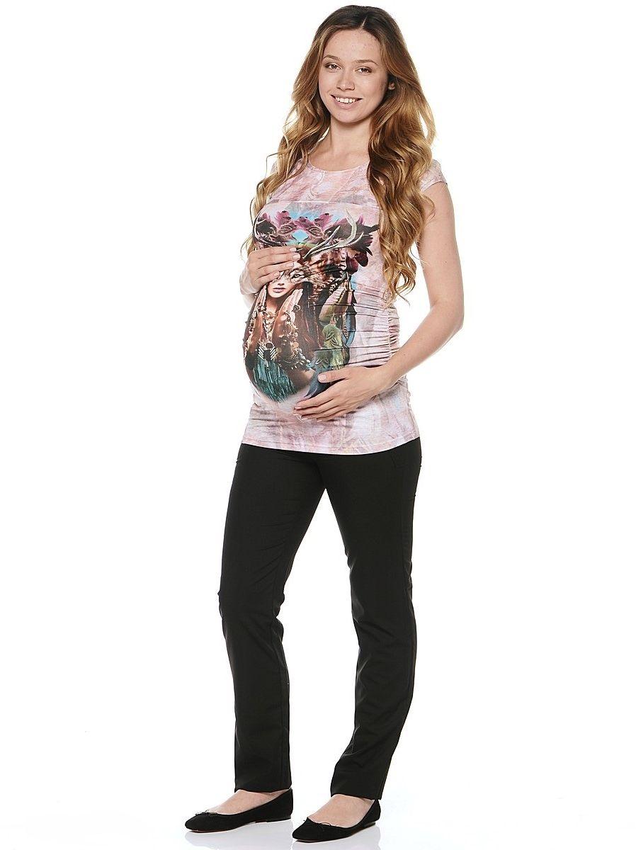 Блузка21279Стильная блузка для беременных, с коротким рукавом и округлым вырезом по горловине. Блузка изготовлена из приятного к телу трикотажа. Мягкая ткань бережно облегает, плавно повторяя формы и изгибы тела, обеспечивает комфорт для животика на любом сроке беременности. Модель в креативной расцветке самых модных оттенков, декорирована оригинальным фото-принтом спереди. Блузка визуально корректирует фигуру после рождения малыша, благодаря резиночкам в боковых швах. Идеально сочетается с джинсами, шортами и леггинсами, для создания различных образов на каждый день.