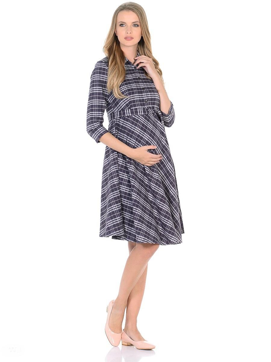 Платье300320Стильное повседневное платье для беременных и кормящих женщин, изготовлено из мягкого хлопкового текстиля с добавлением вискозы. Модель рубашечного фасона, с расклешённой юбкой, воротник отложной, короткая передняя планка застегивается на пуговицы, рукава 3/4, завышенная линия талии дополнена в тачным поясом. Платье в модной расцветке-клетка, стильно смотрится, отлично садится по фигуре, передняя планка с пуговицами позволяет носить платье так же и в период грудного кормления.