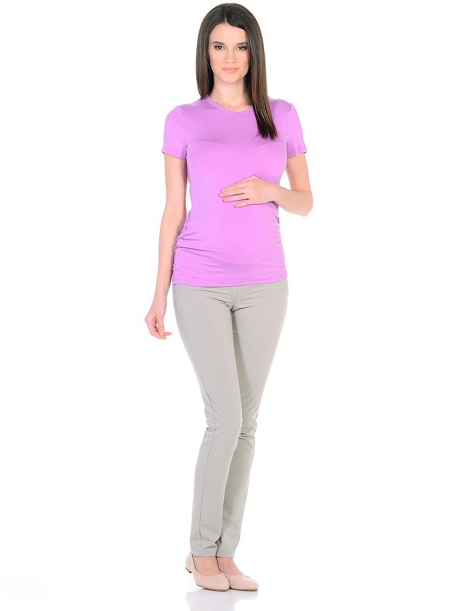 Брюки101200Стильные брюки для беременных зауженного кроя из мягкого брючного трикотажа. Модель с высокой посадкой, с двумя задними накладными карманами. Благодаря кокетке для животика с регулируемой резиночкой в поясе, и специальному крою, брюки обеспечивают отличную посадку по фигуре, их комфортно носить на протяжении всего срока беременности и после рождения малыша.