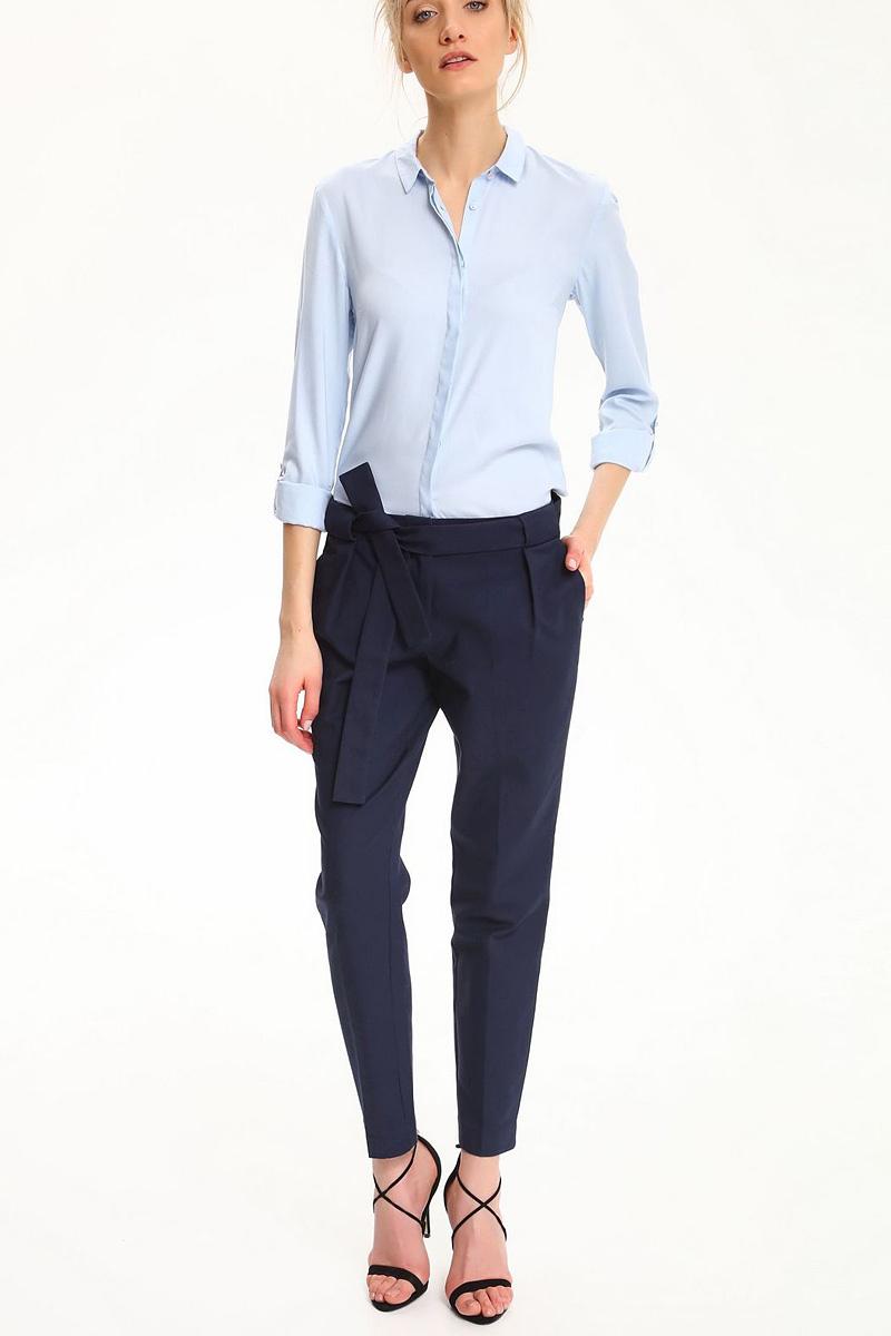 БрюкиSSP2479GRСтильные женские брюки Top Secret - брюки высочайшего качества на каждый день, которые прекрасно сидят. Модель изготовлена из высококачественного комбинированного материала. Эти модные и в тоже время комфортные брюки послужат отличным дополнением к вашему гардеробу. В них вы всегда будете чувствовать себя уютно и комфортно.