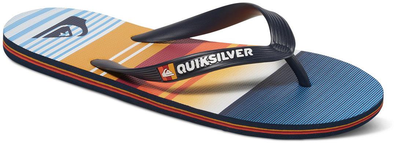 СланцыAQYL100234-XBBNМодные мужские сланцы Molokai Everyday от Quiksilver покорят вас своим удобством. Верх модели выполнен из мягкого пластика. Эргономичная перемычка между пальцами позволит надежно закрепить модель на стопе. Мягкая фактурная стелька с принтами позволяет не скользить ноге при движении. Упругая губчатая каучуковая подошва с логотипом Quiksilver обеспечивает уверенное сцепление с любой поверхностью. Текстовый и графический логотип Quiksilver на стрепе придает сланцам особый вид. Стильные сланцы прекрасно подойдут для похода в бассейн или на пляж.