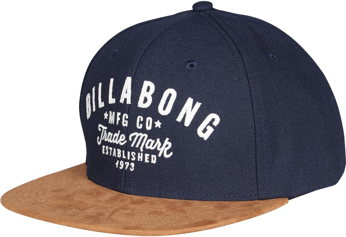 Бейсболка3607869368851Добавьте своему образу немного стиля вместе с этой кепкой от Billabong - у нее контрастный замшевый козырек, удобная регулировка размера и классический 6-панельный дизайн. А также вышивка на передней панели и вентиляционные отверстия.