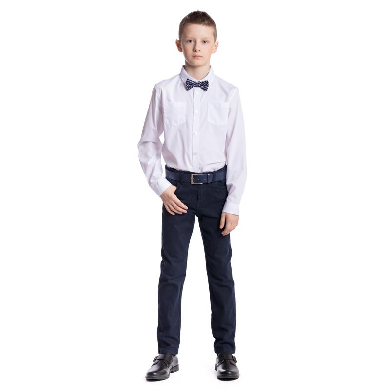 Ремень373715Ремень для мальчика выполнен из качественного полиуретана. Пряжка овальной формы выполнена из металла.
