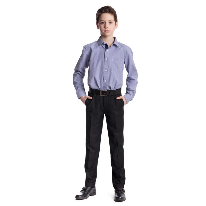 Ремень373716Ремень для мальчика выполнен из качественного полиуретана. Пряжка квадратной формы выполнена из металла.
