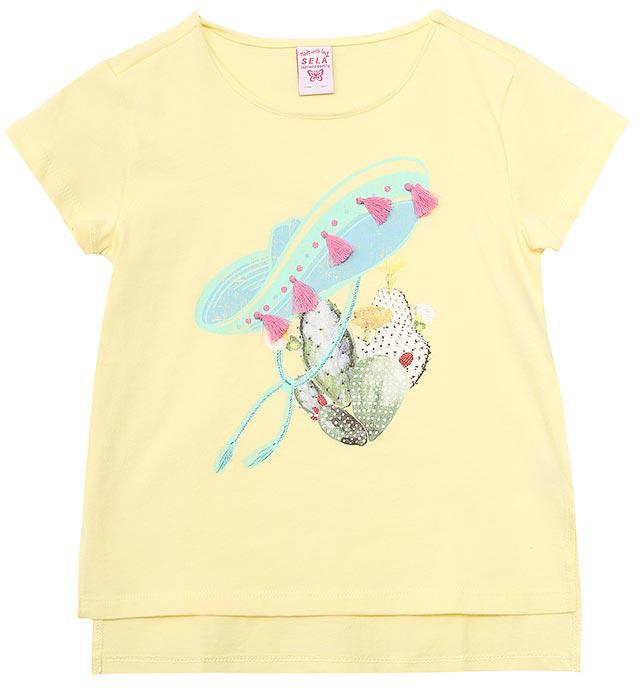 ФутболкаTs-611/974-7244Модная футболка для девочки Sela выполнена из натурального хлопка и оформлена ярким принтом. Модель прямого кроя с удлиненной спинкой и разрезами по бокам подойдет для прогулок и дружеских встреч и будет отлично сочетаться с джинсами и брюками, а также гармонично смотреться с юбками. Мягкая ткань комфортна и приятна на ощупь. Яркий цвет модели позволяет создавать стильные образы.