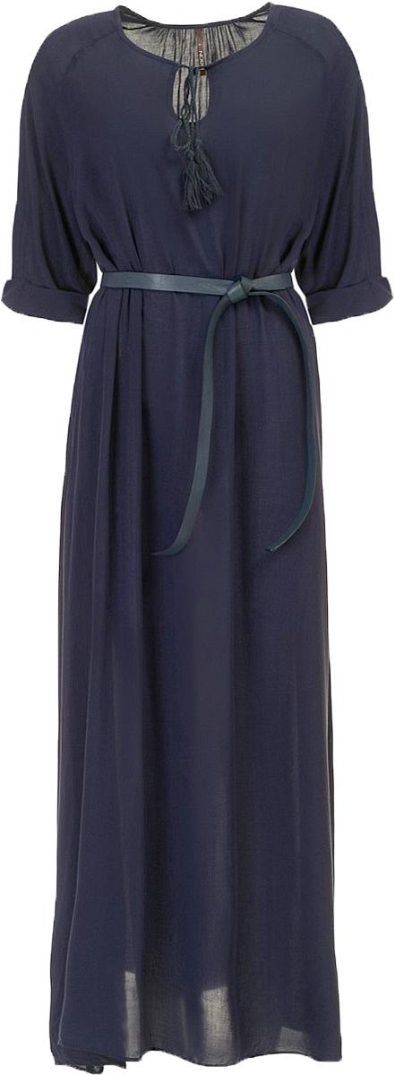 ПлатьеB457100_Dark NavyПлатье Baon выполнено из вискозы. Модель с круглым вырезом горловины и рукавами 3/4.