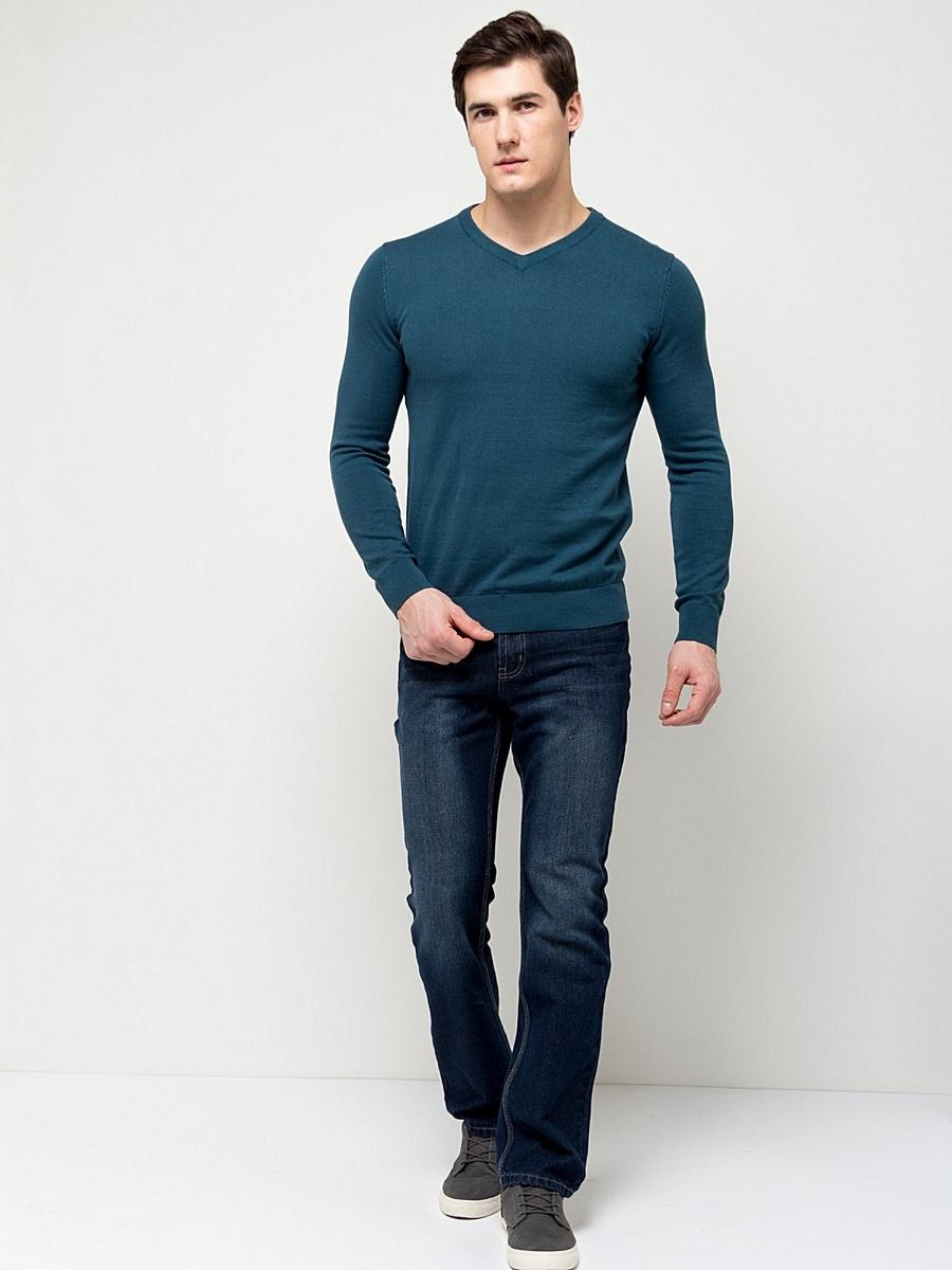 ПуловерJR-214/853-7141Стильный мужской пуловер Sela выполнен из натурального хлопка мелкой вязки. Модель полуприлегающего кроя с длинными рукавами и V-образным вырезом горловины подойдет для офиса, прогулок и дружеских встреч и будет отлично сочетаться с джинсами и брюками. Мягкая ткань комфортна и приятна на ощупь. Воротник, манжеты рукавов и низ изделия связаны резинкой.
