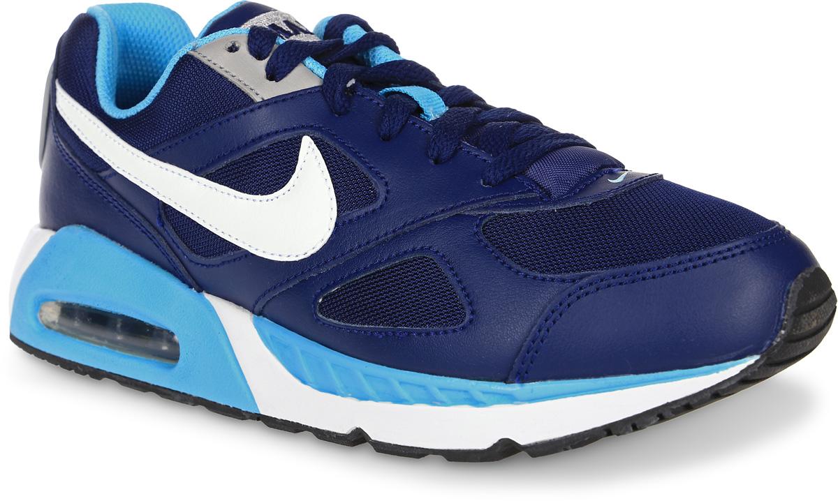 Кроссовки579998-400Модные кроссовки для девочки Air Max Ivo (Gs) Running Shoe от Nike выполнены из натуральной кожи и текстиля. Подкладка и стелька из текстиля обеспечивают комфорт. Шнуровка надежно зафиксирует модель на ноге. Подошва дополнена рифлением. Видимая вставка Max Air в области пятки для максимальной защиты от ударных нагрузок.