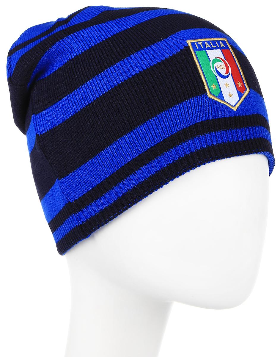 Шапка021006_01Вязаная двухсторонняя шапка дарит комфорт и благодаря эластичному материалу - 100% акрил - и плотной вязке в резинку отличается особым удобством и идеальной посадкой. В этой шапке от Puma с вышитой эмблемой национальной сборной Италии по футболу вы не только не останетесь незамеченным, но и сможете поддержать любимую команду.