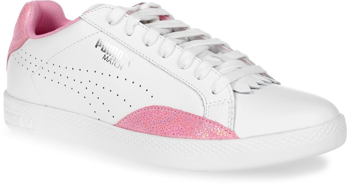 Кеды36272401Модель Match сохраняет простоту и чистоту линий, свойственную классическим теннисным туфлям вообще, и, в частности, легендарным Puma Match коллекции 1974 года. Двойные кожаные накладки по бокам обеспечивают устойчивое положение стопы, так необходимое теннисисту. Обувь фиксируется на ноге при помощи классической шнуровки. Кожаный верх простых и чистых цветов снабжен деталями контрастной отделки на заднике и внизу ближе к носку, а также дополнительную накладку на носке, благодаря которой модель в её сегодняшнем варианте приобрела универсальность отличной уличной обуви.