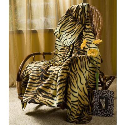 "Покрывало флисовое ""Тигрица"", 130 х 150 см"