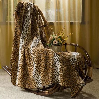 """Покрывало флисовое """"Леопард"""", цвет: коричневый, 130 х 150 см"""