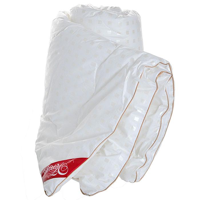 Одеяло легкое Verossa, наполнитель: искусственный лебяжий пух, 140 х 205 см157822Одеяло Verossa обеспечит вам здоровый сон и комфорт. Для изготовления одеяла в качестве наполнителя используется лебяжий пух - высокосиликонизированное микроволокно нового поколения. Лебяжий пух - это синтетический наполнитель, состоящий из тончайшего полого полиэфирного волокна. Изделия из него по комфорту и эксплутационным качествам не уступают аналогичным из лучшего натурального пуха, при этом не вызывают аллергию, обладают отличной гигроскопичностью, быстро восстанавливают форму. Одеяло упаковано в прозрачный пластиковый чехол на змейке с ручкой, что является чрезвычайно удобным при переноске. Характеристики: Материал чехла: 100% хлопок. Наполнитель: 100% полиэстер (искусственный лебяжий пух). Масса наполнителя: 150 г/м2. Размер одеяла: 140 см х 205 см. Изготовитель: Россия.