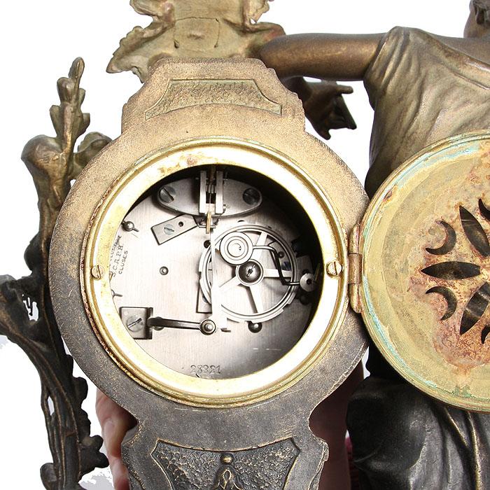 Часы и касолеты