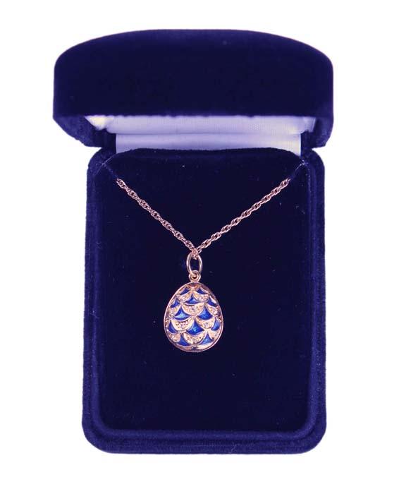 """Faberge Яйцо-кулон """"Сосновая шишка"""". Белый металл, позолота, эмаль """"гильош"""", австрийские кристаллы. Фаберже, 1997 г."""