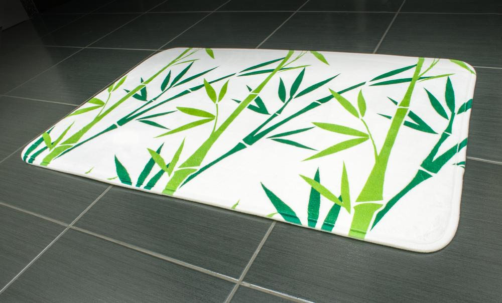 "Коврик для ванной комнаты Tatkraft ""Green Bamboo"", 50 см х 80 см"