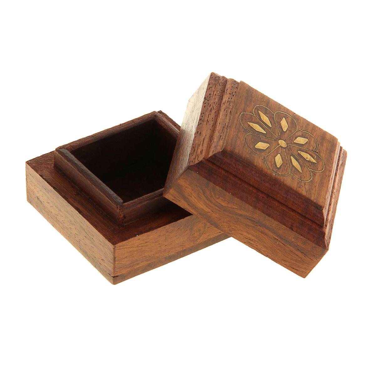 """Шкатулка деревянная """"Ромашка"""", 5 см х 5 см х 3,5 см. 806428"""