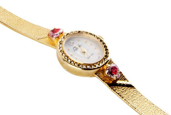"""Дамские наручные часы Фаберже """"Вишневый сад"""". Металл, золочение, австрийские кристаллы, японский часовой механизм. Франция, Фаберже, конец XX века"""
