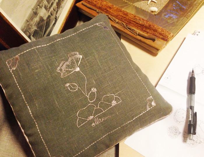 Декоративная подушечка из коллекции