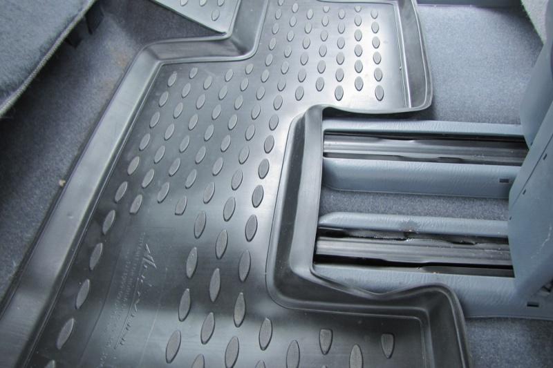 Коврики в салон HONDA Odyssey RA6 JDM 12/1999-09/2003, П.Р., 3 ряда, 5 шт. (полиуретан)