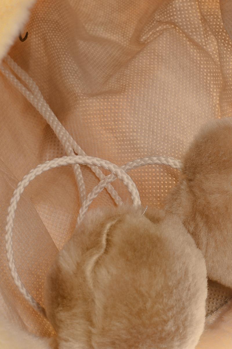 Тоннель для кошек ЗооМарк, с игрушкой, длина 57,5 смт-01Тоннель ЗооМарк станет лучшим подарком для вашего любимца. Тоннель выполнен из искусственного меха и оснащен игрушкой в виде двух бубенчиков. Мягкий, теплый тоннель с шуршащими стеночками надолго привлечет внимание животного, обеспечит интересным времяпровождением, а также даст возможность прятаться внутри от холода и посторонних взглядов. Длина тоннеля: 57,5 см. Диаметр тоннеля: 22 см.