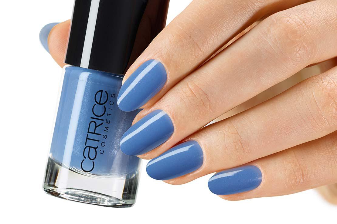 Catrice Лак для ногтей Ultimate Nail Lacquer 115 Summer Nights Sky сине-голубой, 56 гр