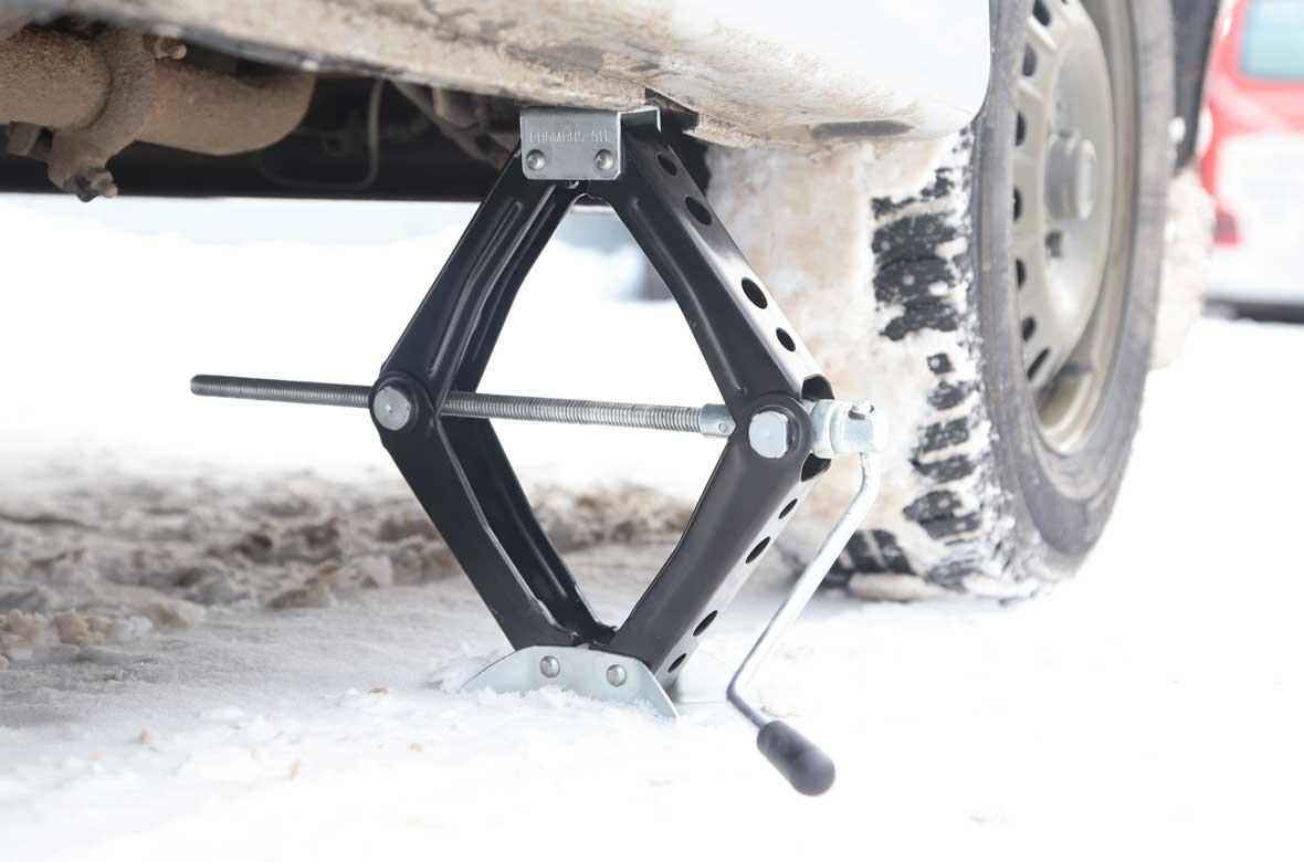 Домкрат ромбический Rhombus-911, 1000 кг, цвет: черный