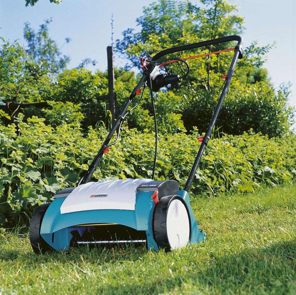 Gardena Скарификатор-аэратор электрический газонный EVC 1000 ( 04068-20.000.00 )