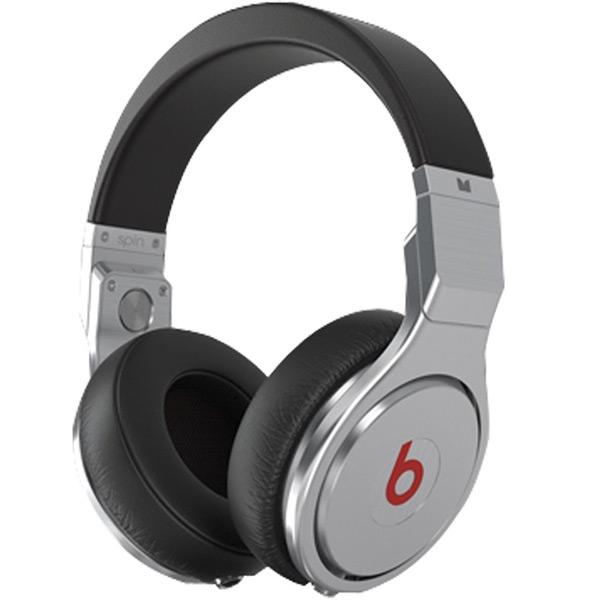 Beats Pro, Black наушники900-00034-03_MH6P2ZM/ABeats Pro разработаны аудио профессионалами для таких же профессионалов: ди-джеев, звукорежиссеров, музыкантов и для обычных любителей музыки, которые предпочитают действительно чистый звук. Двойные кабельные порты входа/выхода позволяют разделить на последовательное подключение наушников. Pro не использует схемы усиления или подавления шума, которые добавляют другие частоты и меняют звук, так что вы слышите бас так, как он должен звучать на самом деле. Фирменная технология драйвера обеспечивает даже АЧХ студийных мониторов для ультра точной записи, микса и воспроизведения. Повышенная плотность пены в чашах наушников позволяют закрыть внешние шумы, чтобы предельно ясно и точно услышать звук. Благодаря запатентованному двойному порту входа/выхода, при подключения кабеля в один из портов наушников второй автоматически переключается в режим выхода. Вращающиеся амбушюры позволяют легко контролировать комнату, студию или клуб, или же слышать других....
