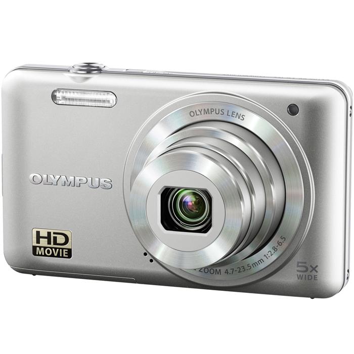 Olympus VG-160, SilverVG-160Куда бы Вы ни отправились, новая фотокамера Olympus VG-160 станет Вашим надежным помощником в деле получения отличных фотографий. Эта невероятно тонкая модель оснащена широкоугольным объективом, цифровой стабилизацией изображения и сенсором с разрешением 14 Мегапикселей. Olympus VG-160 предлагает множество функций, которые облегчают получение отличных снимков. Большой дисплей с диагональю 3 обеспечивает комфортное кадрирование и просмотр, Умный режим авто и следящий автофокус гарантируют отличный результат, а волшебные фильтры, которые раньше были доступны только в более дорогих моделях, помогут раскрыть свой творческий потенциал. Также VG-160 оснащена отдельной кнопкой для съемки видео, которая избавляет от необходимости тратить время на запуск видеосъемки через меню.