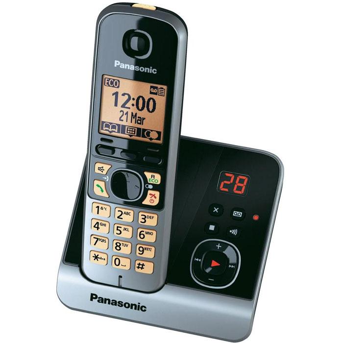 Panasonic KX-TG6721 RUBKX-TG6721RUBРадиотелефон Panasonic KX-TG6721 RUS оснащен цифровым автоответчиком на 30 минут и базой с двухзначным дисплеем, где высвечивается количество оставленных сообщений. При отключении электричества телефон продолжает работать от аккумуляторов трубки, установленной на базовый блок. При этом можно сделать или принять вызов посредством громкой связи, либо используя вторую трубку. Если по каким-то причинам звонок был пропущен или кто-то оставил на автоответчике сообщение, индикатор начинает мигать. Прослушать оставленное сообщение или узнать номер звонившего можно нажатием одной кнопки. Более того, воспользоваться данной функцией можно при входящем звонке или при работе будильника. В этом случае индикатор мигает быстрее и, нажав кнопку, можно принять звонок через громкую связь базового блока или отложить сигнал будильника еще на пять минут.Помимо абсолютно новых опций, Panasonic KX-TG6721 RUS поддерживает функцию радионяня, ранее доступную только у топовых моделей DECT телефонов Panasonic....