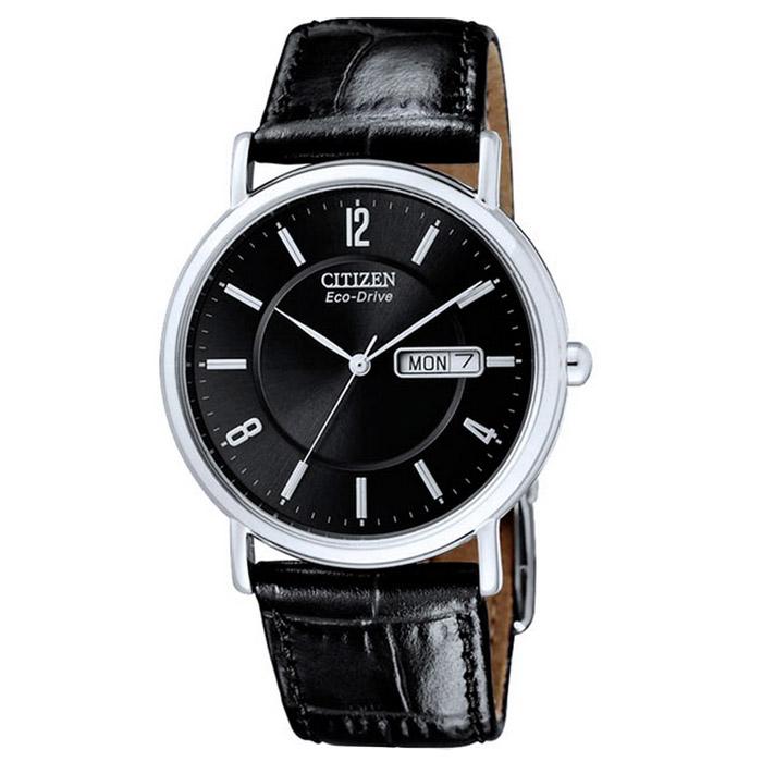 Наручные часы Citizen BM8241-01EEBM8241-01EEНаручные мужские часы Citizen BM8241. Данная модель имеет гибридный механизм Eco-Drive. Проходя через специальный светопроницаемый циферблат, свет попадает на высокочувствительный фотоэлемент, преобразующий его в энергию, которая аккумулируется в специальном накопителе и используется для питания кварцевого часового механизма.