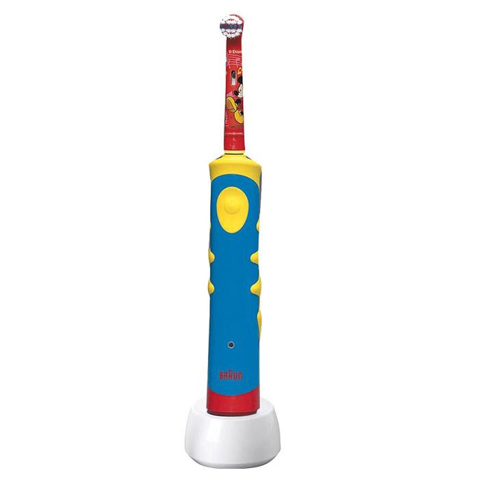Oral-B Mickey D10.513K детская электрическая зубная щеткаD10.513Экстрамягкие щетинки для бережной чистки зубов и десен. КАЧЕСТВА И ПРЕИМУЩЕСТВА Режим ежедневной чистки с технологией 2D Показывает, когда пора менять насадку Специальные щетинки, обесцвечиваясь наполовину, напоминают о необходимости замены насадки (в среднем раз в 3 месяца). ДРУГИЕ ОСОБЕННОСТИ Музыкальный таймер мотивирует детей чистить зубы дольше, обучая их правильной технике чистки: в течение первой минуты чистить верхний ряд зубов, затем после звукового сигнала в виде мелодии перейти к чистке нижнего ряда зубов (так же в течение 1 минуты), пока снова не заиграет следующая мелодия. В памяти содержатся 16 различных мелодий, проигрывание которых постоянно чередуется. Экстрамягкие, расщеплённые на конце щетинки разработаны для лучшей чистки жевательных поверхностей зубов. Более короткие щетинки обеспечивают безопасную чистку детских зубов и дёсен. Ручка щетки удобна как для самостоятельного...