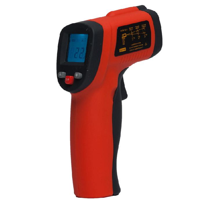 Пирометр инфракрасный ADA TemPro 550А00223Профессиональный пирометр (термодетектор) ADA TemPro 550 предназначен для измерения температуры поверхностей в диапазоне от -50°С до +550 °C бесконтактным способом. Прибор применяется в сферах ЖКХ, электроэнергетики, машиностроении, строительстве и т.д. Выполнять измерения быстро и точно позволяет лазерный указатель. Время одного замера не превышает 0,5 сек. При этом погрешность составляет не более 1,5°С. Измеренные значения отображаются на ЖК-дисплее с подсветкой. Это позволяет использовать прибор даже в условиях недостаточной освещенности. Пирометр ADA TemPro 550 прост и удобен в обращении. Легкий (130 г) пластиковый корпус с рифленой рукояткой удобно лежит в руке. Запуск процесса замера производится нажатием одной кнопки - пускового курка. Источником питания для пирометра служит батарея типа Крона 9В. Максимальное время работы на одном заряде составляет 12 часов.