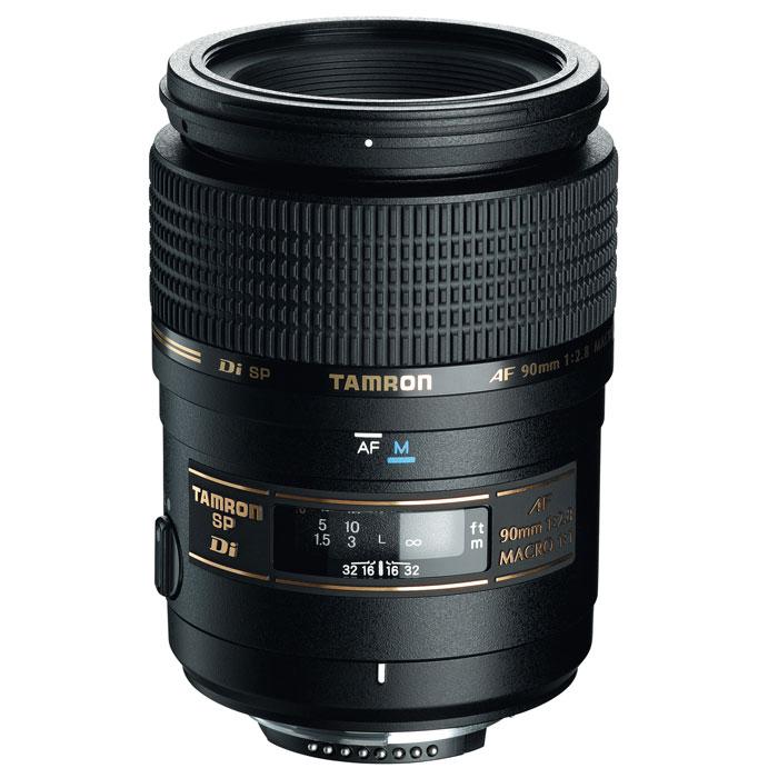 Tamron SP AF 90mm F/2,8 Di Macro, Minolta/Sony272ESCветосильный профессиональный (SP) макро-объектив Tamron SP AF 90mm F/2,8 Di Macro с коэффициентом увеличения 1:1 и четкой прорисовкой изображения с красиво размытым фоном. Версия Di была адаптирована для использования с цифровыми зеркальными камерами и характеризуется технологией улучшенного многослойного покрытия для подавления отражений и рассеяного света, падающего на поверхности оптических элементов. Tamron 90 mm часто называют портретным макро-объективом, потому что его фокусное расстояние также идеально подходит для съемки портретов. Обновленная версия может быть также использована с полноформатными камерами. Обозначение Di (Digitally Integrated Design) обозначает поколение объективов, которые были специально адаптированы к требованиям цифровых зеркальных камер (APS-C и полноформатным). Способность быстро переключаться между режимами автоматической (AF) и ручной фокусировки (MF) - очень полезное качество для многих типов съёмки, особенно для...