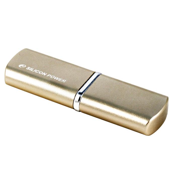 Silicon Power Luxmini 720 32GB, Bronze (SP032GBUF2720V1Z)SP032GBUF2720V1ZSilicon Power LuxMini 720 отличается уникальным модным дизайном металлического корпуса с блестящей поверхностью и плавными дугообразными краями. Дизайн накопителя и новые цвета - персиковый, ярко-голубой и бронзовый, призваны выразить индивидуальность пользователей. Модель Silicon Power LuxMini 720 удобна в переноске, пользователи могут использовать накопитель в качестве модного аксессуара на связке ключей или на цепочке. USB накопитель доступен емкостью от 4 ГБ до 32 ГБ и отвечает требованиям различных пользователей.