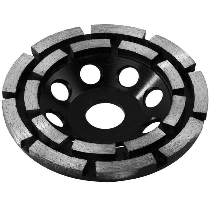 ЗУБР Эксперт чашка алмазная сегментная двухрядная, высота 22,2 мм, 125 мм33372-125Чашка ЗУБР, серии ЭКСПЕРТ применяется для эффективного и быстрого шлифования поверхностей особо твердых материалов, таких как бетон, искусственный и натуральный камень, гранит и др. Двухсторонние Типоразмер наконечника: PH-1/PZ-1 Рабочая длина: 50 мм Используются без держателя Область применения: винтовертные работы