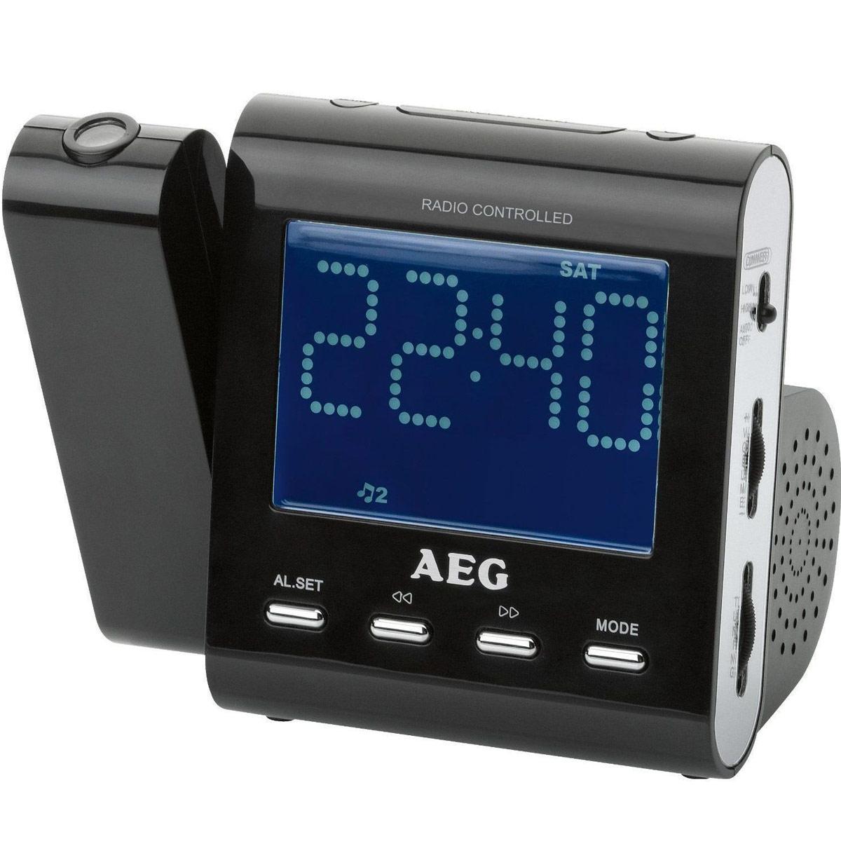 AEG MRC 4122 F, Black радиочасыMRC 4122 FРадиобудильник AEG MRC 4122 F. Вход AUX-IN Индикация дня недели, индикация даты Проекция времени с возможностью включения/отключения Поворотный проектор 180° с возможностью фокусировки Светодиодный дисплей размером около 9,5 см, с синей подсветкой Цифровая индикация частоты настройки, дипольная антенна Резервное питание для часов при отключении питания сети Резервное питание для часов: часоваябатарея CR 2032 (батарея в комплект поставки не входит)