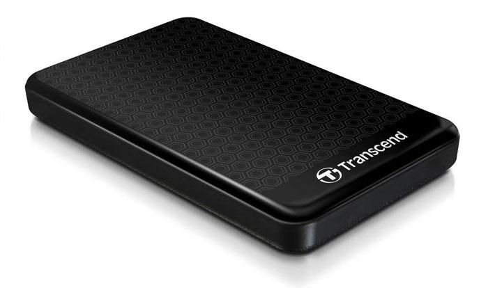 Transcend StoreJet 25A3 1TB, Black внешний жесткий диск (TS1TSJ25A3K)TS1TSJ25A3KПортативный внешний жесткий диск Transcend StoreJet 25A3, отличающийся повышенной устойчивостью к неблагоприятным воздействиям ударов, вибрации, пыли, влаги, жары и холода. Совместимость с суперскоростным USB 3.0, а также с USB 2.0 с обратной стороны Прочная, удароустойчивая конструкция Усовершенствованная система внутренней подвески для защиты жесткого диска Поддержка стандарта Plug&Play Питание от USB, нет необходимости во внешнем адаптере Энергосберегающий спящий режим Комплектуется ПО Transcend Elite для защиты LED индикатор статуса передачи данных Кнопка автоматического резервного копирования в одно нажатие
