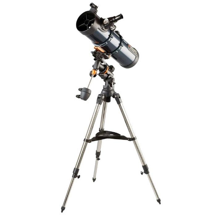 Celestron AstroMaster 130 EQ-MD телескоп-рефлектор НьютонаC31051Телескоп Celestron AstroMaster 130 EQ-MD - это мощный оптический инструмент, обладающий качественной оптикой, надежностью и простотой в эксплуатации. Устройство дает яркие, контрастные изображения тысяч объектов ночного неба, делая занятия астрономией интересными и доступными каждому. Телескоп быстро подготавливается к работе, не требуя инструментов для сборки, и практически не нуждается в техническом обслуживании. Телескопы серии AstroMaster оснащены переработанными искателями StarPointer, упрощающими наведение на цель, быстросъемными приспособлениями типа «ласточкин хвост» для крепления оптической трубы, удобными полочками для аксессуаров и легкими, предварительно собранными стальными треногами. Телескопы имеют ручное управление, позволяющее легко и быстро находить небесные объекты и следить за ними. Интересуют наблюдения наземных объектов? Оптика с прямым изображением идеально подходит для этих целей.