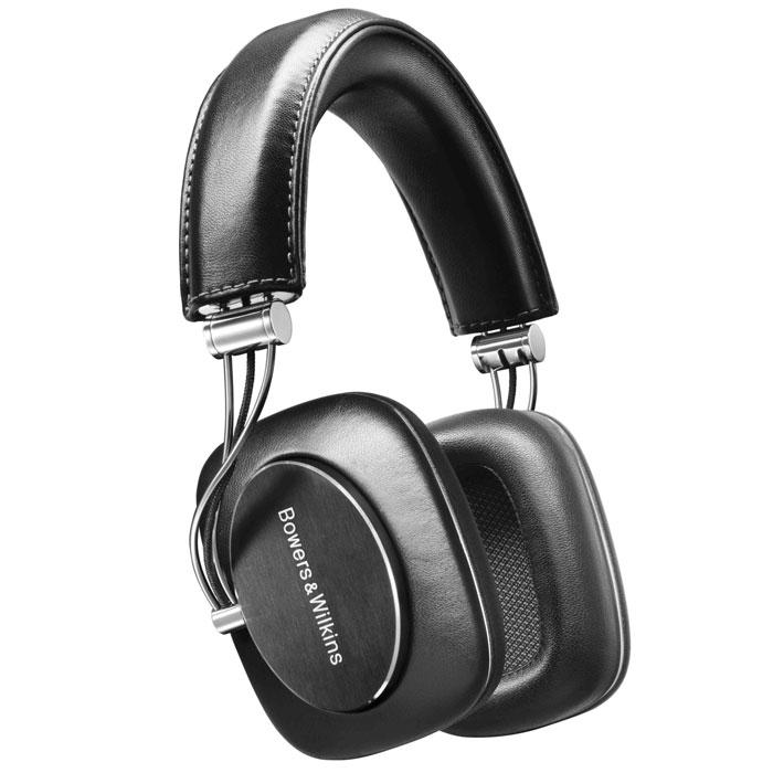 Bowers & Wilkins P7 наушники23818Наушники Bowers & Wilkins P7 обеспечивают полное погружение в звучание, а также роскошный комфорт и безупречное качество изготовления. Полное погружение: В P7 все сконструировано так, чтобы Вы забыли обо всем, слушая музыку. Бас упругий, вокал точно очерчен, имеется замечательное чувство простора, баланса и ясности во всем диапазоне частот. В то же время мониторный дизайн и плотно прилегающие ушные накладки обеспечивают полное погружение в прослушивание. Слушая такое великолепное исполнение, Вы не захотите, чтобы что-то прервало Ваше наслаждение. Динамики, вдохновленные большими АС: Инженерами компании были созданы динамики для наушников, которые работают почти так, как их собратья в hi-fi колонках, с диффузорами, сосредоточенными лишь на их непосредственных функциях: генерировать звук. Это означает, что получились динамики с более точным и контролируемым движением – и был совершен гигантский скачок в качестве звука. Ушные...