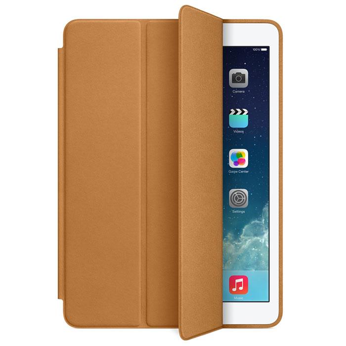 Apple iPad Smart Case чехол для iPad Air, BrownMF047ZM/AЧехол Apple iPad Smart Case для iPad Air защищает дисплей и заднюю панель устройства. При этом планшет остаётся таким же тонким и лёгким. Чехол Smart Case изготовлен из великолепной анилиновой кожи и доступен в шести изысканных цветах. Его мягкая подкладка из микрофибры помогает поддерживать экран в чистоте. При открытии чехла iPad Air автоматически выходит из режима сна, а при закрытии моментально возвращается в режим сна. Продуманная конструкция чехла позволяет сложить его и превратить в идеальную подставку для общения в FaceTime и просмотра фильмов. Чехол Smart Case также может служить подставкой для набора текста. Сложите его, чтобы установить iPad Air под удобным углом наклона.