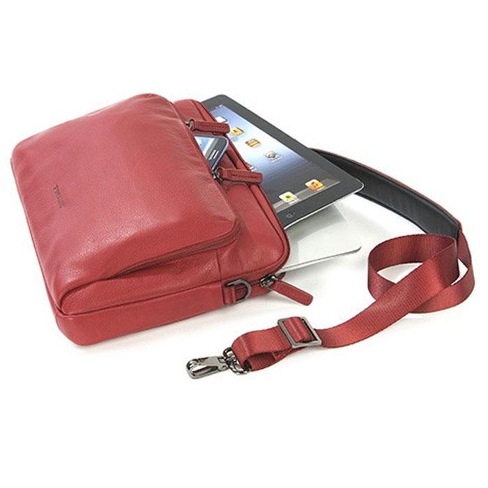 """Tucano One Premium cумка для ноутбука 11, RedTC_NB_BFOP11-RСумка-чехол для ноутбуков диагональю до 11"""", оснащена удобным регулируемым ремнем, имеет вместительный карман для аксессуаров."""