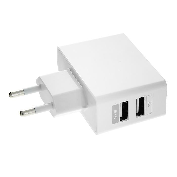 DVTech АD10 сетевое зарядное устройствоDVTech АD10 (белый)Универсальность это ключ к комфорту. Имея несколько гаджетов, приходится держать для каждого индивидуальное зарядное устройство? Это неудобно и доставляет массу хлопот. Достаточно иметь универсальное зарядное устройство DVTech АD10 и USB-кабель и у Вас всегда будет возможность подзарядить устройство. DVTech АD10 предназначен для зарядки портативных устройств, поддерживающих функцию зарядки от USB. Двойной USB-порт позволяет заряжать одновременно 2 устройства.