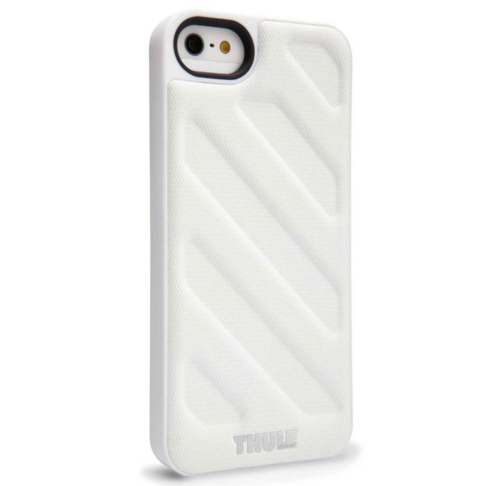 Thule TGI-105W чехол для iPhone 5/5S, WhiteTH_MB_TGI-105WТонкий чехол Thule TGI-105 для Apple iPhone 5/5S позволяет легко положить и достать устройство из кармана. Спрессованная нескользящая поверхность и продуманная форма позволяют надежно удерживать устройство во время фотографирования или игр, выступающие края защищают экран, кнопку включения/выключения и динамики от ударов и царапин. Благодаря нескользящей задней поверхности устройство останется лежать там, где вы его положите.