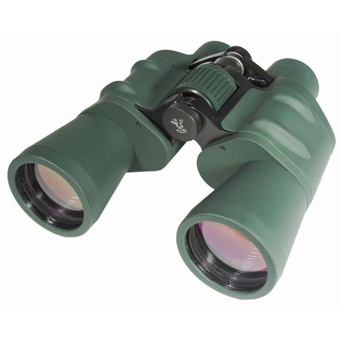 Sturman 10x50 бинокль, цвет: зеленый1223Универсальный полевой бинокль Sturman 10x50 прекрасно подойдёт для наблюдения за животными и птицами как на берегу реки, так и с вершины холма, понравится путешественникам и туристам, охотникам и спортсменам. Светосильные объективы обеспечат чёткую и яркую картинку даже при наблюдении в сумерках, а возможность установки прибора на штатив позволит значительно увеличить время наблюдения и снизить нагрузку на руки. Наслаждайтесь качеством изображения и удобством эксплуатации! Основные характеристики бинокля Sturman 10x50 Увеличение 10х, апертура 50 мм, светосильные объективы Призмы Porro из оптического стекла Bk-7, линзы с многослойным просветляющим покрытием Обрезиненный корпус из алюминиевых сплавов Центральная фокусировка, регулировка межзрачкового расстояния (57 - 72 мм), диоптрийная коррекция C помощью адаптера можно установить на штатив (гнездо крепления 1/4 дюйма) Поставляется в комплекте с защитными крышками окуляров и объективов, ремешком...