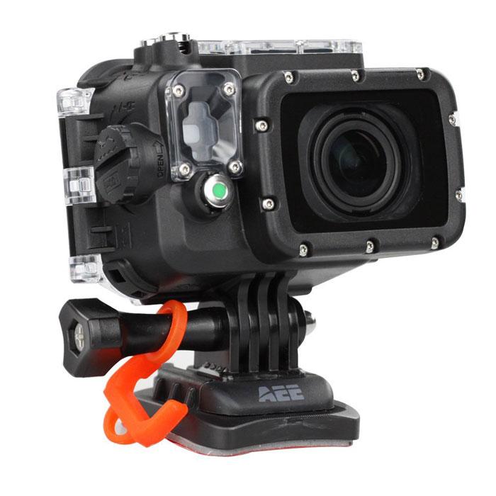 AEE S70 экшн-камераS70Экшн-камера AEE S70 - это революционное решение среди камер для экстремальной съемки. Принципиально новый и современный дизайн, повышенный уровень эргономики, качество съемки Full HD и система оптической стабилизации позволяют записать видеоролик, который передаст атмосферу даже самого опасного приключения! Девайс обладает WiFi-модулем для управления с других мобильных устройств, стереомикрофоном и аккумулятором на 1500 мАч. Встроенный G-сенсор Цикличная запись видео Емкость аккумулятора: 1500 мАч