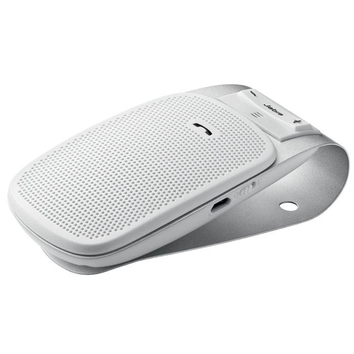 Jabra Drive, White спикерфон1004900000360Спикерфон Jabra Drive - идеальный компаньон в поездке для вашего мобильного телефона. Этот автомобильный спикерфон с Bluetooth можно подключить к одному или двум устройствам. Не занимайте руки, говоря по телефону, слушая музыку с мобильного телефона, mp3-плеера или навигационные инструкции GPS с мобильного телефона. Так много функций в небольшом и простом в использовании устройстве! Никаких сложностей или суеты: Вам нужно добраться до места назначения, а спикерфон Jabra Drive поможет вам в пути. Он предоставляет голосовые инструкции по сопряжению с мобильным телефоном или другим устройством с поддержкой Bluetooth. Спикерфон сообщает пользователю об успешном сопряжении с другим устройством и о низком уровне заряда аккумулятора. После успешной синхронизации с телефоном сопряжение будет выполняться автоматически. При поступлении вызова ответить на него можно с помощью Jabra Drive. Разговоры по телефону со свободными руками еще никогда не были такими простыми. ...