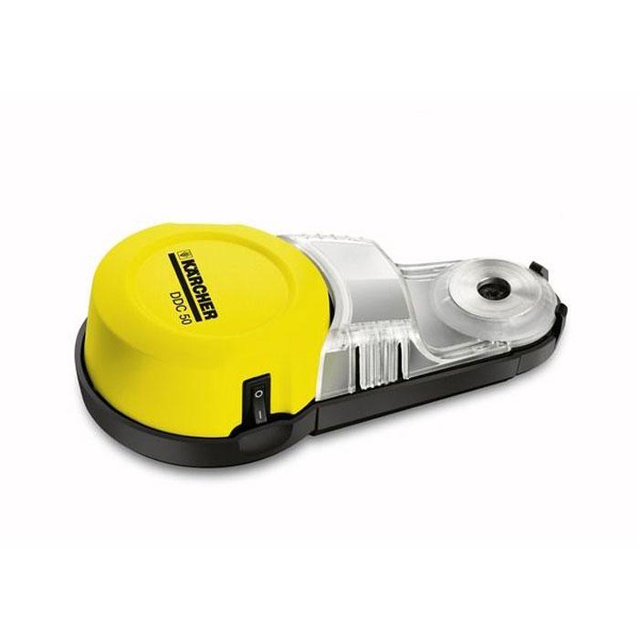 Karcher DDC 50 1.679-100.0 пылеуловитель1.679-100.0Сверлить без пыли и, как следствие, без дополнительной уборки, стало возможно. Бытовой пылеуловитель Karcher DDC 50 надежно крепится к стене и эффективно улавливает пыль прямо в том месте, где она образуется. Очень прост в использовании: Пылеуловитель нужно всего лишь поднести к стене, включить - и можно сверлить отверстие. Благодаря вакуумному присосу, которым оснащен аппарат, он надежно крепится к любой поверхности. Вся пыль будет скапливаться в специальном бачке пылеуловителя. Функционален: Пылеуловитель для дома можно использовать совместно с любыми инструментами со сверлами диаметром не более 10 мм. Наличие двух видов источника питания: батарейки 1,5 В и аккумулятора - позволяет оператору выбрать наиболее удобный вариант в зависимости от поставленной задачи. Производителен: Вместимость мусоросборника бытовых пылеуловителей около 23 кубических сантиметров. Это позволяет высверлить около 10 отверстий диаметром 6 мм. Удобен:...